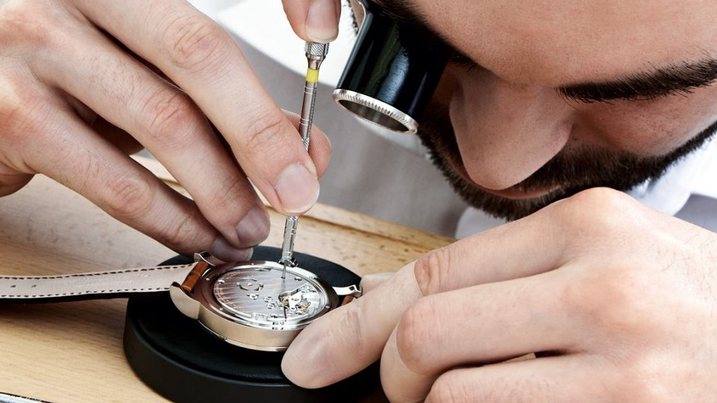 watch-professional-service-precision-watches