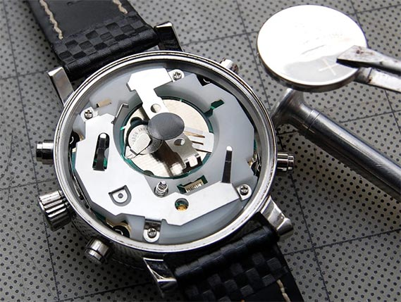 battery-replacement-precision-watches